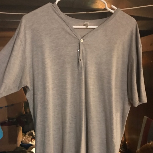 American Apparel Other - Men's 3 button v-neck